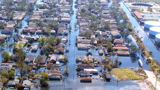 2710_inside_hurricane_katrina_update-1_05320299