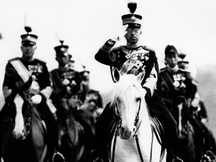 hirohito during wwii Emperor hirohito born in 1901, hirohito was emperor of japan from 1926-1989 under his rule, japan emerged as one of the greatest economic powers in the world as the only one of the leaders listed here to have inherited his power, there was no contested election: when his father died in 1926, he assumed the throne.