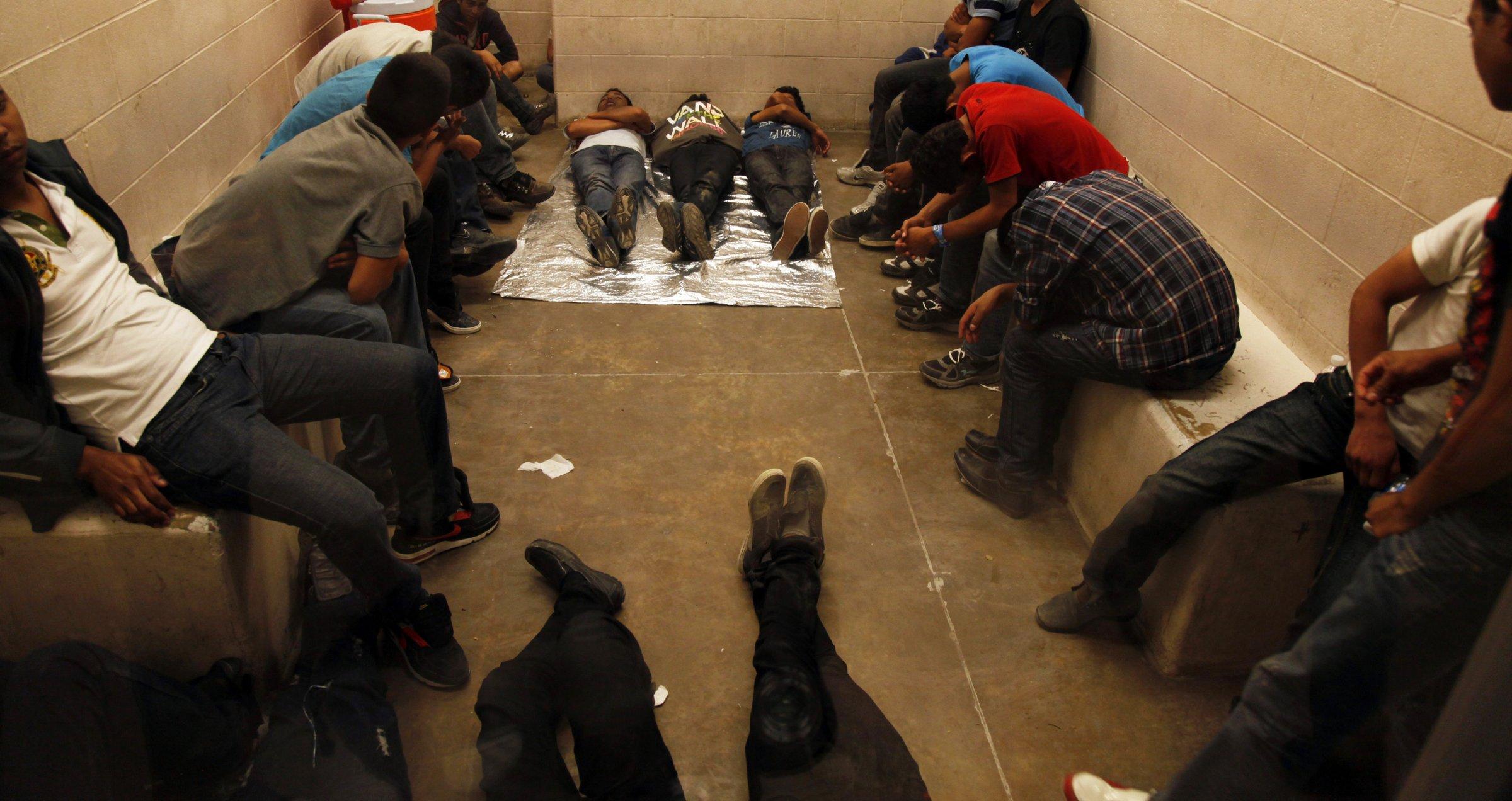 US Mexico border migrants immigrants