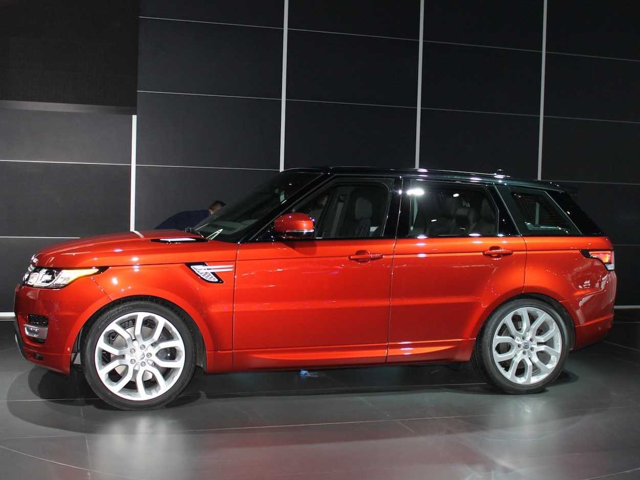 the brand new range rover sport is a lightweight powerhouse. Black Bedroom Furniture Sets. Home Design Ideas