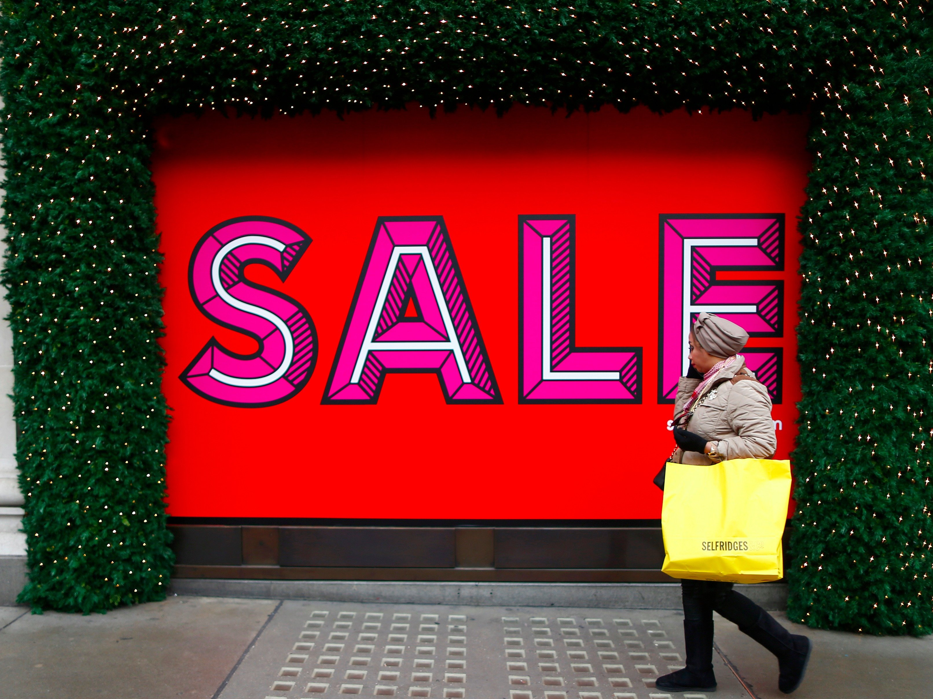 retail sales sale sign