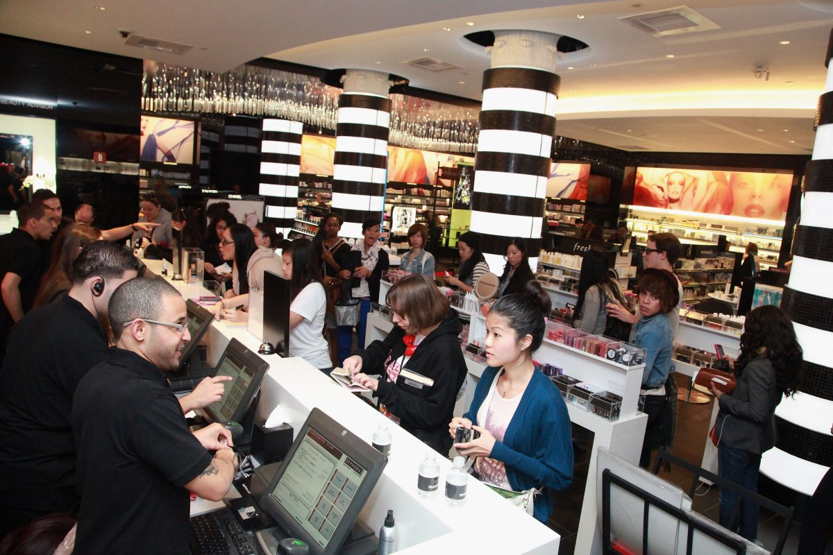 Nordstrom Shoes Sales Associate Salary