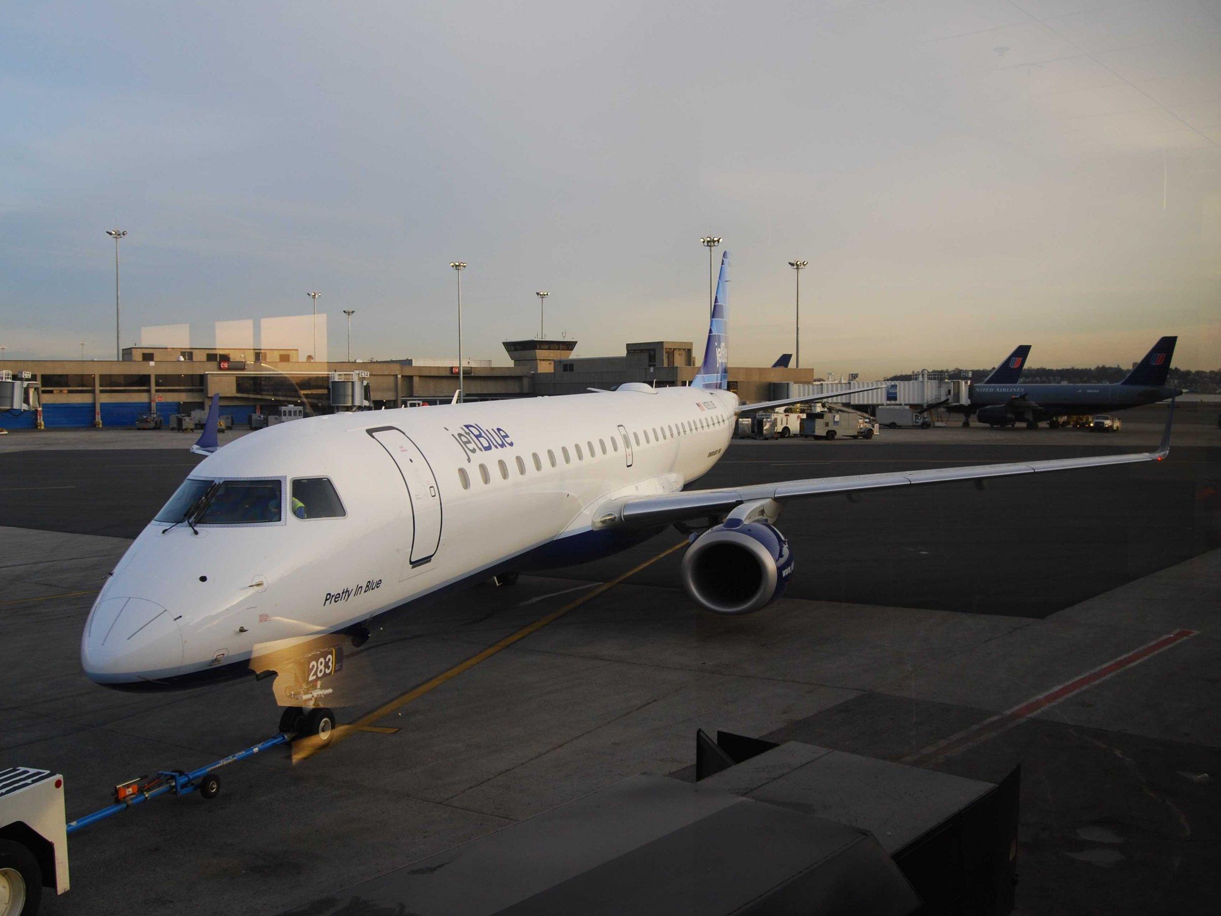 Jetblue Embraer E Series