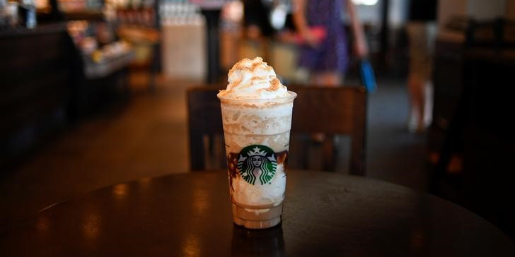 A S'mores Frappuccino Blended Coffee rests on a table at a Starbucks coffeehouse in Austin, Texas, U.S., May 2, 2017. REUTERS/Mohammad Khursheed