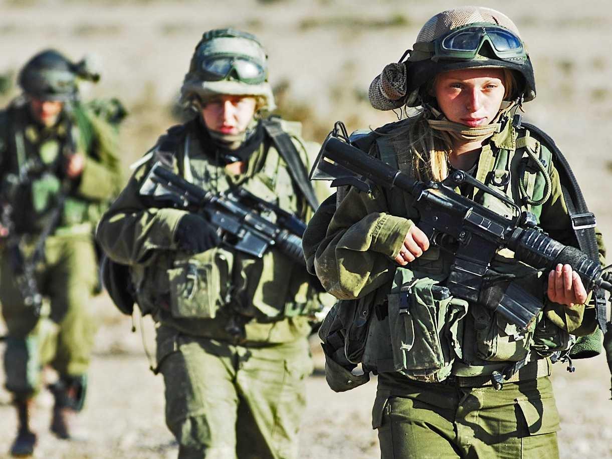 Israeli women soldiers underwear agree